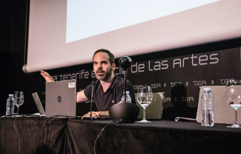 Quien mejor puede resolver los problemas es la gente afectada por ellos (Rubén Martínez)
